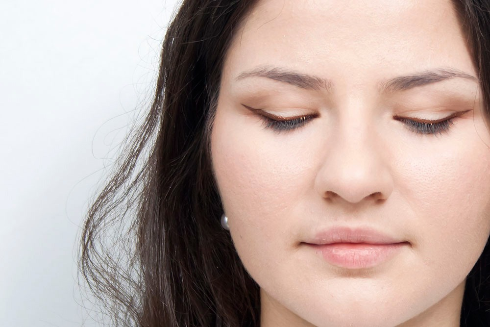 how to use jane iredale bitty brow kit